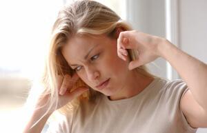 Сенсоневральная тугоухость - описание и причины возникновения