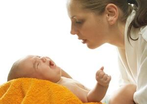 Как вылечить насморк у ребенка до года: виды насморка и особенности лечения