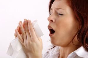 Как определить сухой или мокрый кашель: симптоматика и методы лечения
