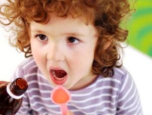 Антибиотики при сухом и затяжном кашле у детей
