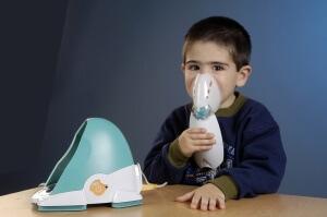 Раствор для ингаляции небулайзером: при кашле, заболеваниях горла, от насморка и гайморита