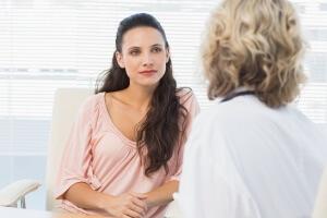 Лечение охрипшего голоса у беременных и грудничков