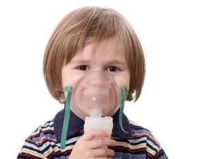 Небулайзер при сухом кашле: преимущества и растворы