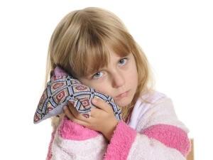 Лечение отита у детей: народные советы