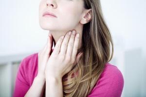 Что делать при сильной боли в горле? — Лучшие методы лечения