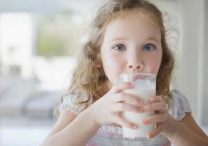 Лучшие рецепты народной медицины для детей от сухого лающего кашля