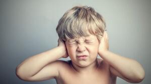 Опасные признаки гнойного отита у ребенка