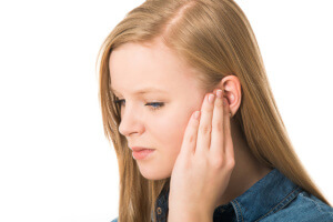Отит среднего уха — симптомы, методы лечения и возможные осложнения