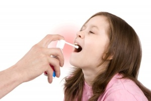 Курс лечения и дозировку Люголь спрея для детей должен назначить врач в зависимости от возраста, вида и тяжести заболевания