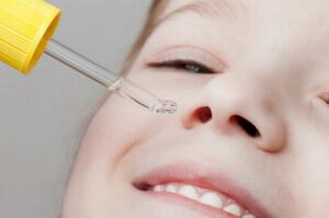 Увлажняющие капли назначаются для поддержки нормальной роботы и состояния слизистой носа