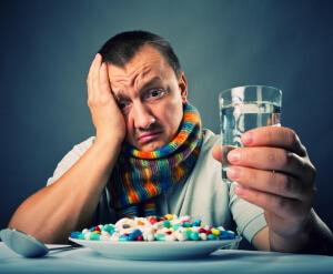 Правильное лечение простуда может назначить врач в зависимости от причины возникновения инфекции
