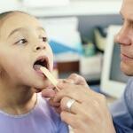 Гнойная ангина- это инфекционное заболевания, при котором на небных миндалинах локализуются гнойные очаги
