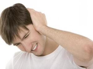 Медикаментозное лечение зависит от причины возникновения шума в левом ухе
