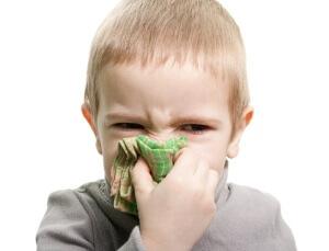 Мирамистин является одним из лучших препаратов для лечения насморка у детей