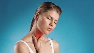 Хлорофиллипт в растворе эффективно «борется» с бактериальной инфекцией в горле
