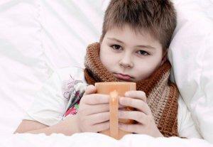 Нужно помнить, что народные методы являются лишь вспомогательной терапией в лечении ларинготрахеита у детей