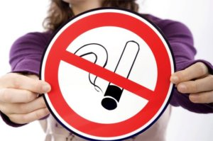 Курение при пневмонии может вызвать осложнения