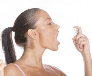 Красное горло это только симптом, чтобы назначить лекарства врач должен выявить причину