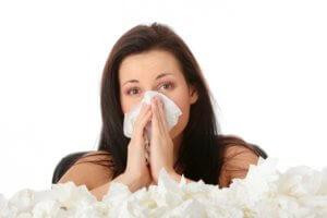Увлажняющие спреи назначаются при заболеваниях носа и носоглотки