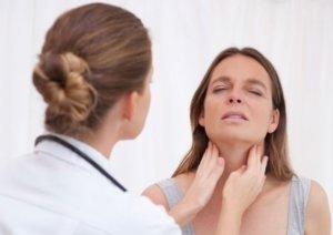 Первичной диагностикой невроза глотки занимается отоларинголог