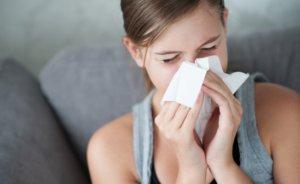 Заложенность носа при беременности может быть вызвано целым рядом причин