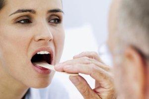 Ком в горле – это симптом, лечение зависит от диагноза