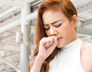 Пертуссин ускоряет отхождение мокроты и оказывает седативное действие