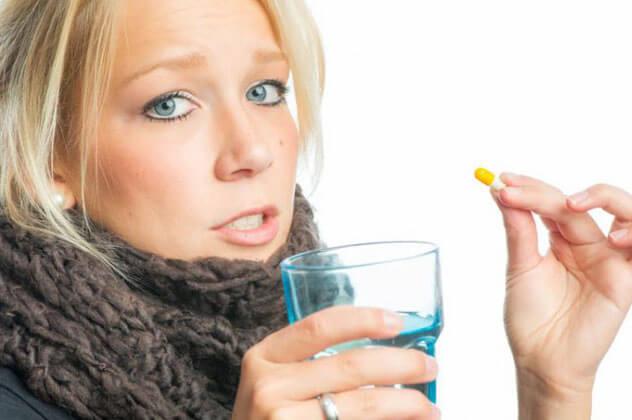 Безопасные таблетки и спреи от горла для беременных