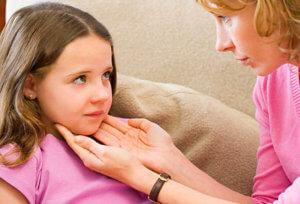 Подчелюстной лимфаденит чаще всего возникает как осложнение другого недуга