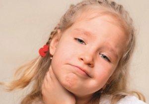 Запущенный подчелюстной лимфаденит может вызвать более серьезные и опасные осложнения