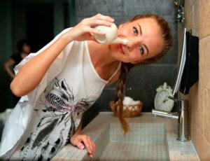 Промывание носа – обязательная процедура при его заложенности