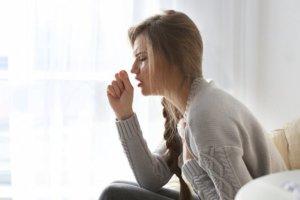 Сухой кашель – признак целого ряда заболеваний