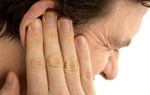 Как правильно пробить и удалить ушную пробку в домашних условиях?