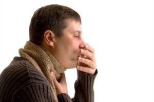 Кашель развивается вследствие осложнения недуга