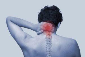 Запущенная боль в шеи может вызвать опасные осложнения!