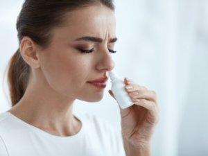 Медикаментозная терапия направлена на устранение причины, которая вызвала отек