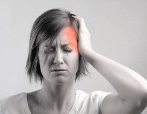 Боль в голове слева над ухом – симптом целого ряда заболеваний!