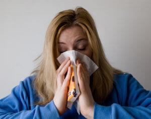 Нужно помнить, что запущенный насморк может перейти в хроническую форму или стать причиной других заболеваний