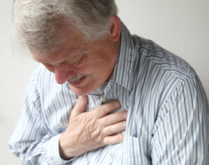 Боль в груди, кровохарканье и длительный кашель могут указывать на туберкулез!