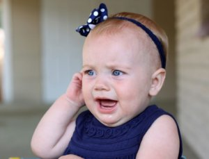 При проникновении гной во внутреннее ухо он может вызвать гнойный менингит