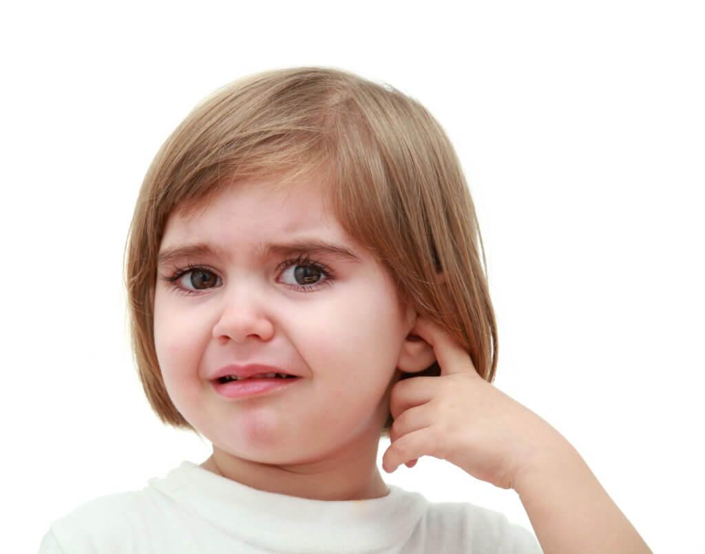 Гнойный отит у ребенка: виды, лечение, осложнения