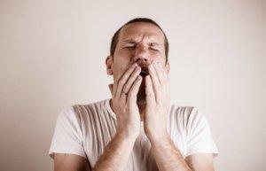 Постоянный кашель может спровоцировать развитие хронического бронхита