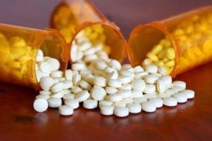 Разжижить и вывести мокроту помогут отхаркивающие препараты