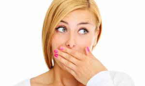 Сухость во рту может быть признаком патологии слюнных желез
