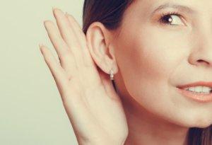 Запущенные заболевания среднего уха могут стать причиной потери слуха
