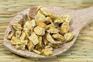 Настойка корня солодки: приготовление и правила применения