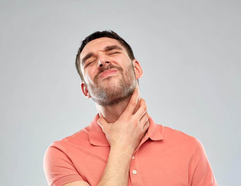 Что делать при боли в горле, чем лучше полоскать?