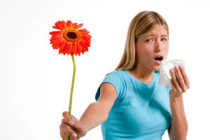 Аллергический кашель появляется внезапно, обычно от сухой и приступообразный