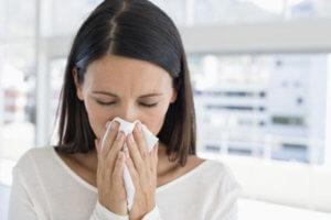 Препарат хорошо справляется с хроническим насморком и гайморитом