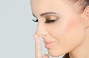 Действие Диоксидина заключается в обеззараживании полости носа